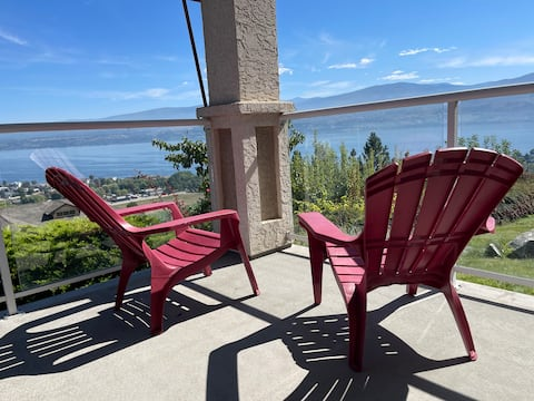 Lakeview & Vineyards - Modern 2 Bdrm Suite