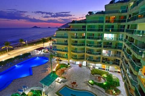 Flat no Villa del Sol de frente ao mar.