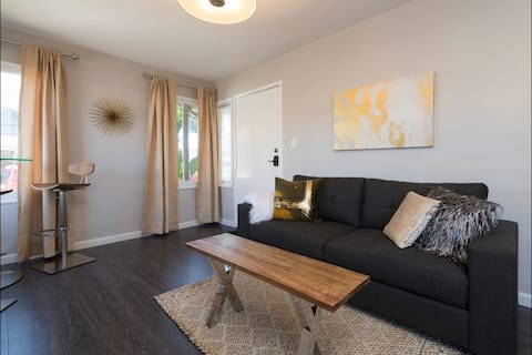 Modern one-bed apt in the heart of Willow Glen.