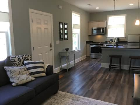Brand New Guest Apartment on Acreage