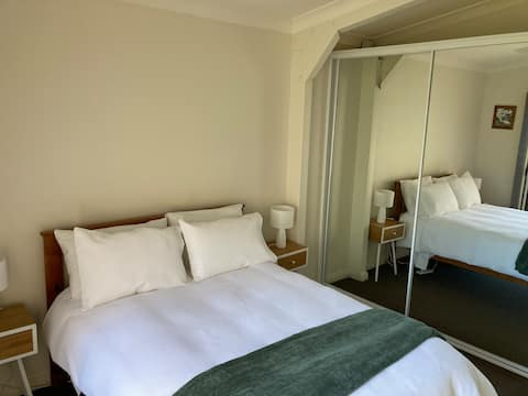 Self contained guesthouse, Camden,  Mount Hunter