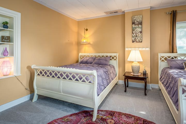 Third bedroom, located on the second floor with 2 queen beds!