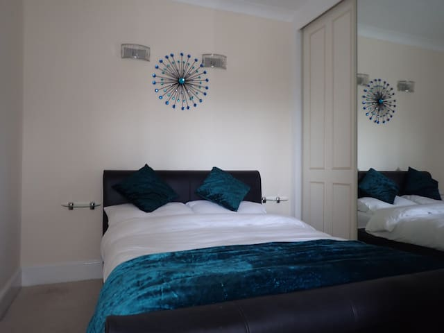 good comfortable double bed