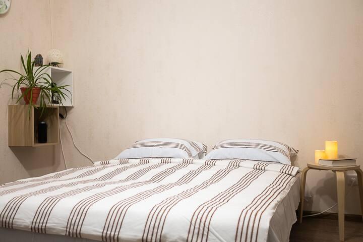Диван-кровать с ортопедическим матрацем