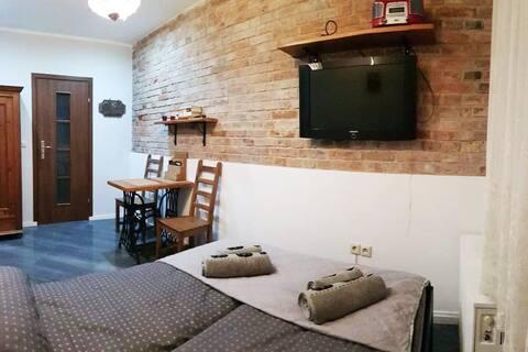 Cozy Ground floor studio in heart of Old Town❤️