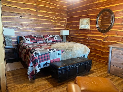 West Haven Cabins - quiet country setting BLK