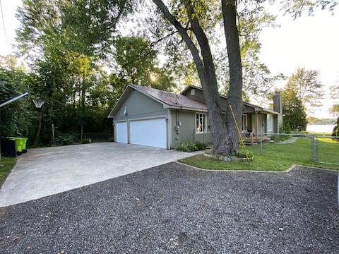 Beautiful Lake House | 3 BR, 2 BA | 9 Miles to  AA