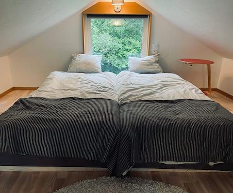 Eget hus nära skog och sjö 10 min från Stockholm