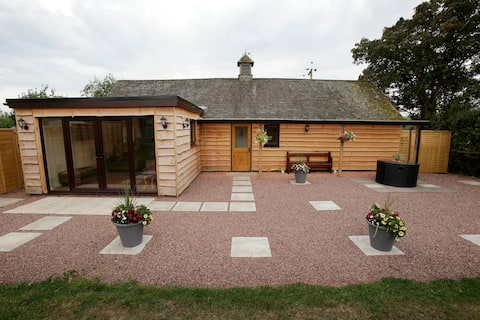 The stables ,rural location and dog friendly