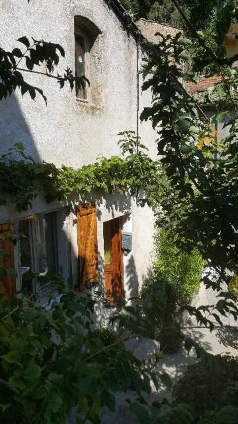 Maison dans Village de caractère ardéchois