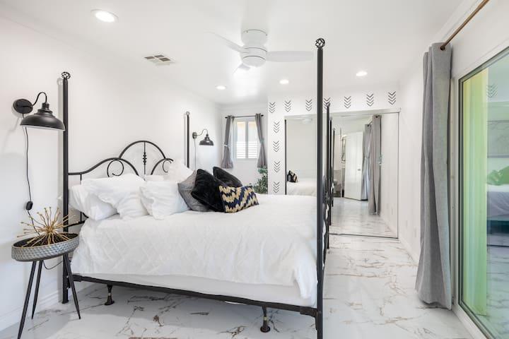 Big Shot Suite - bedroom #1  Master Suite  King Bed - closet view