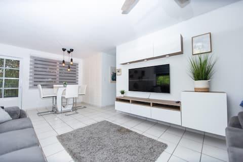 Almendro Modern Apartment