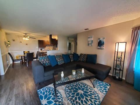 Beautiful 2BD 2BA  Furnished Apartment