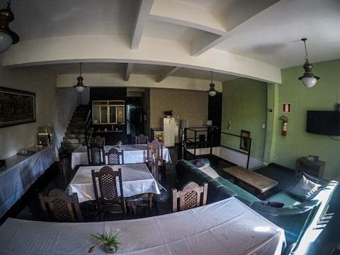 HOTEL QUELUZ  Conselheiro Lafaiete MG