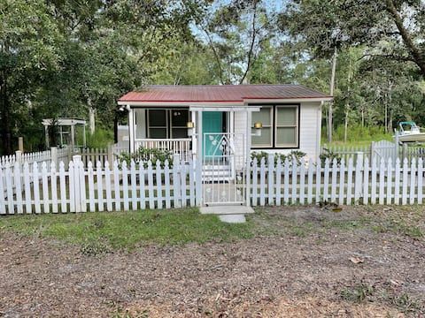 Cozy Cottage in St Augustine
