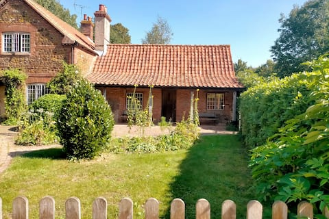 Cosy cottage annex on organic family smallholding