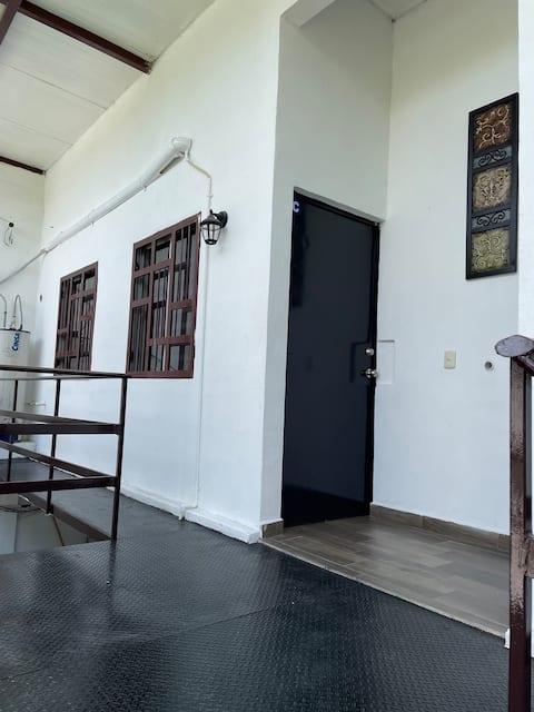 Cómodo apartamento en centro de Linares