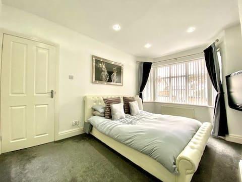 Modern 3 Bedroom House