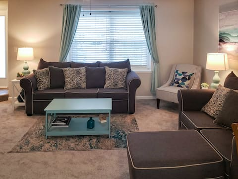The Greenbrier Townhouse, Comfy/Cozy