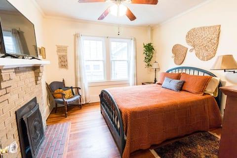 Cozy Boho Bedroom in Historic Downtown Gastonia