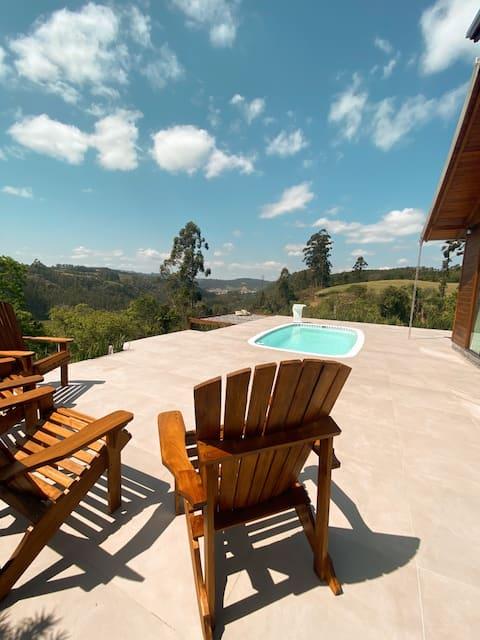 Casa de campo com hidromassagem e piscina