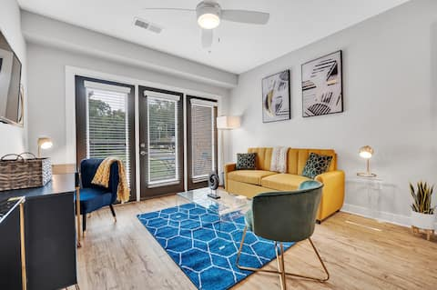 Modern Luxury ☞ King Bed ☞ 1BR in Plaza Midwood