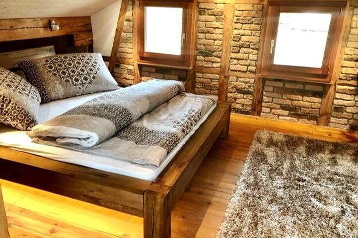 offener Schlafbereich 2 mit Doppelbett