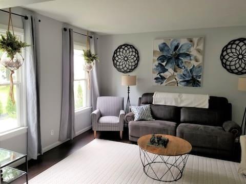 Walnut Grove House-Pet Friendly-Beautiful-Private