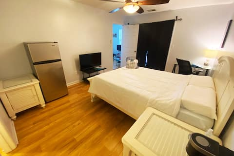 Glorious Master Bedroom near Navy Base and Beaches