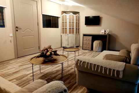 Porto Sofia 3- bedroom apartment with free parking