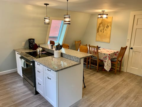 Meadow View Cottage - Peaceful & Brand New!