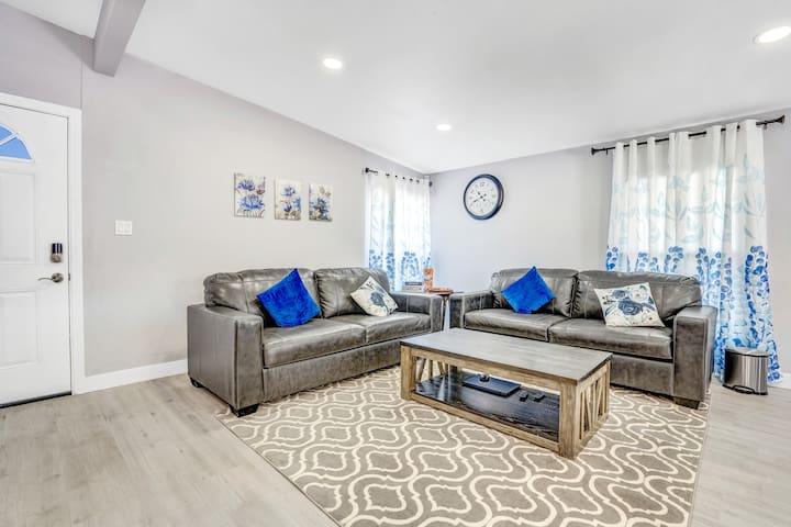 Living Room (In regular sofa position)