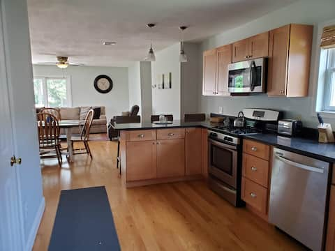 2-bedroom townhouse with indoor fireplace