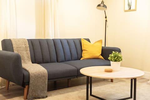 Cozy Urban Hideaway ✨ Modern, bright 1BR/1BA APT
