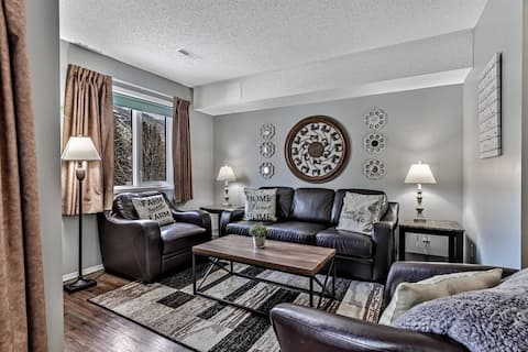 ✿Stunning Mountain Views Escape in Canmore | 3BR✿