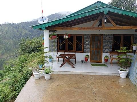 Deluxe Villa Huts And Hats Resort