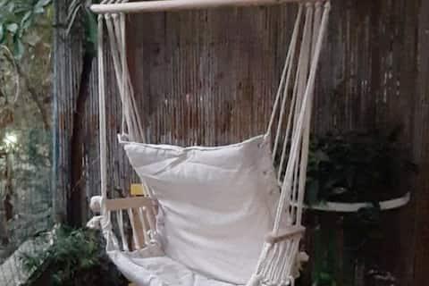 The Big easy!Adorable private studio+garden