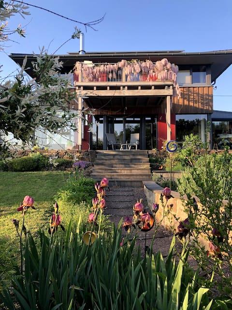 Brīvdienu māja Eifelsphere ar saunu un burbuļvannu