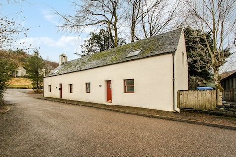 The Stables - 2 Bedroom Cottage - NEW TO MARKET