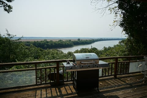 Secluded Home w/ a Million Dollar River View