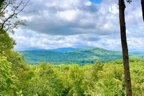 Beautiful Cabin with Million Dollar Views