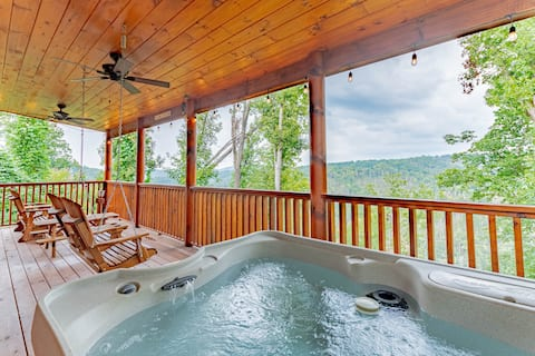 Smoky Mountains | Amazing Views | Balcony Hot Tub