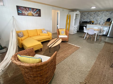 Beach House B with Bikes and Pet Friendly