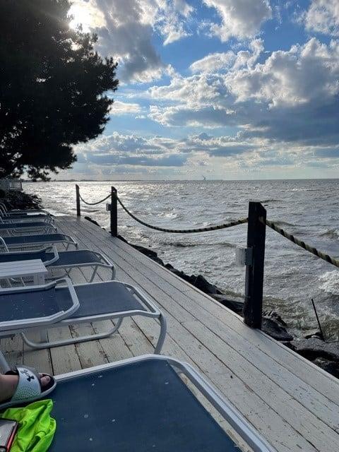 2B/2B condo on the lake, 30 mins from Cedar Point!