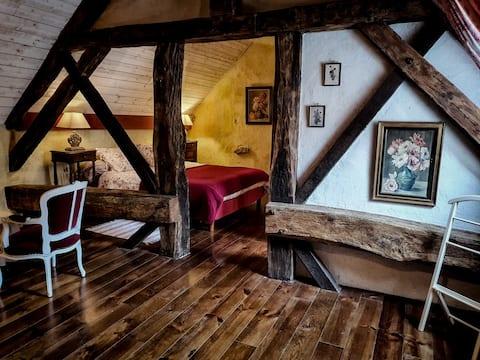 Mansarde dans une maison de vigneron du 17e siècle