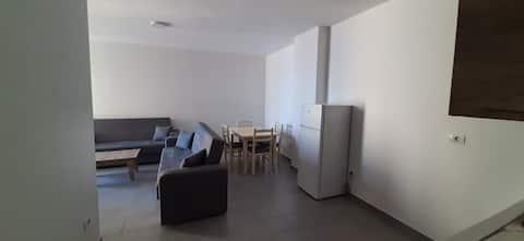 Roxhens Apartments, Kune, Shengjin