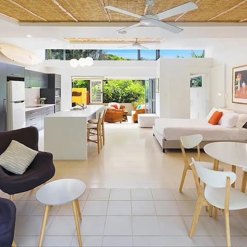 Driftwood Villa Scotts Head - Tula Suite