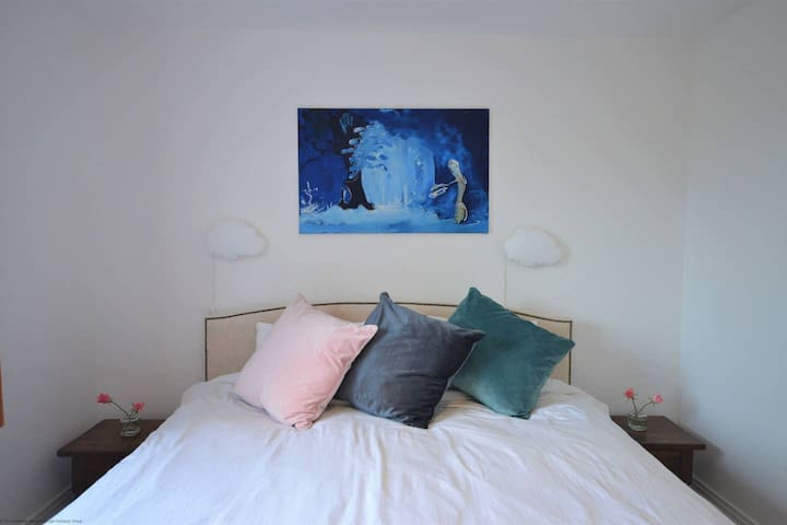 Master bedroom with super king bed