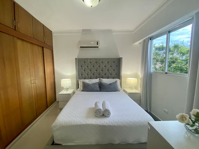 Bedroom with Queen Bed and stunning views