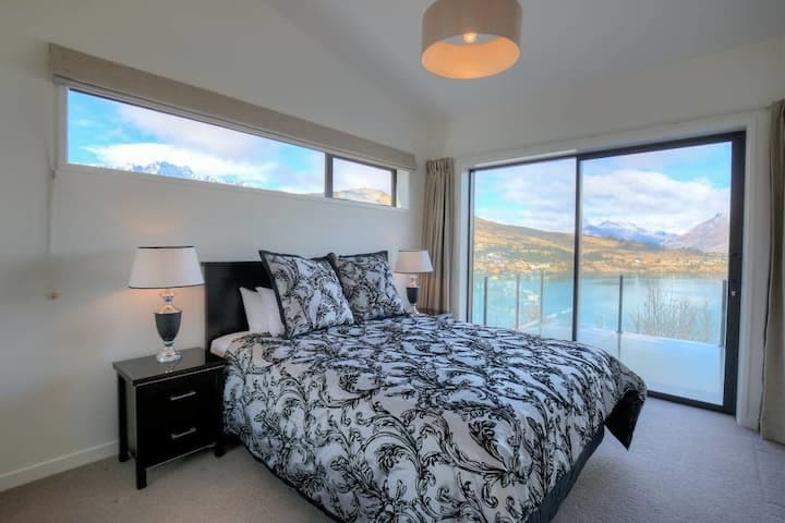 Master Bedroom with direcrt access to deck